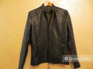 Новая куртка размер 44-46