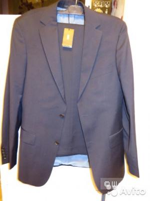 Новый костюм Hugo Boss.  Размер 48-50.
