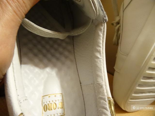 """Кроссовки """"D""""ORO classik"""" с золотой фурнитурой, размер 39-40, б/у"""