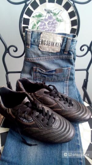 Кроссовки короткие коричневые Bikkembergs кожа размер 40