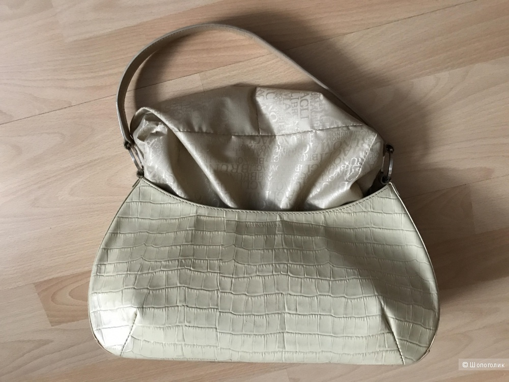 Кожаная сумка Bruno Magli