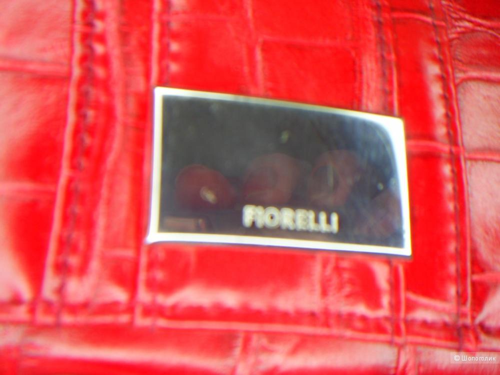 Кошелек Fiorelli.