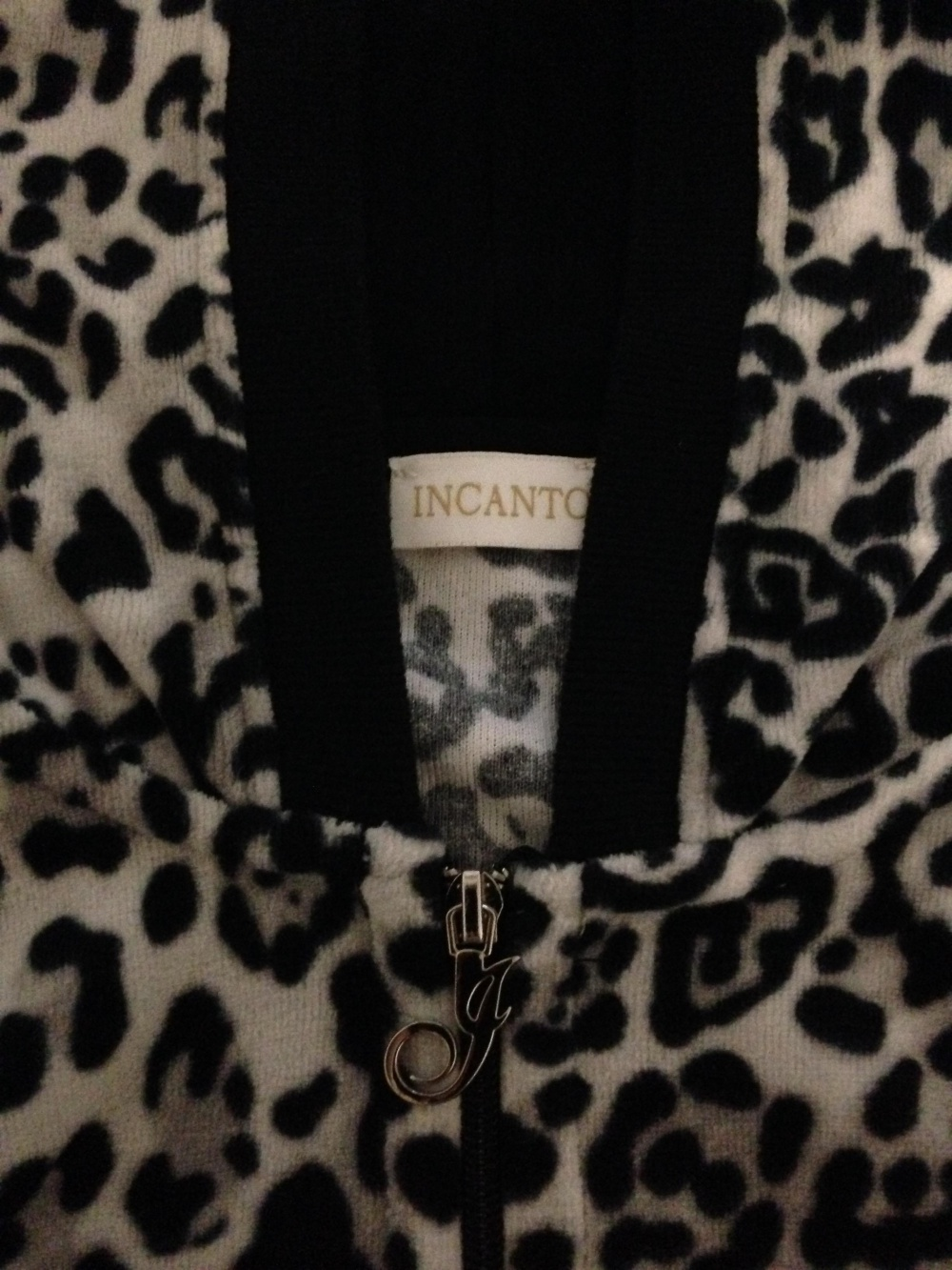 "Домашний костюм "" INCANTO "", 44-46 размер, Италия."