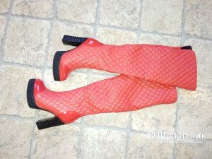 Симпатичные, яркие сапожки 36 размера от VIVIAN ROYAL