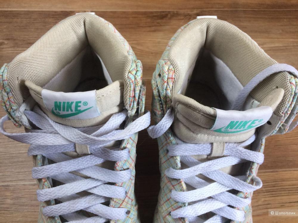 Кеды Nike Dunk High с принтом Liberty of London размер EU 36, US 5,5.