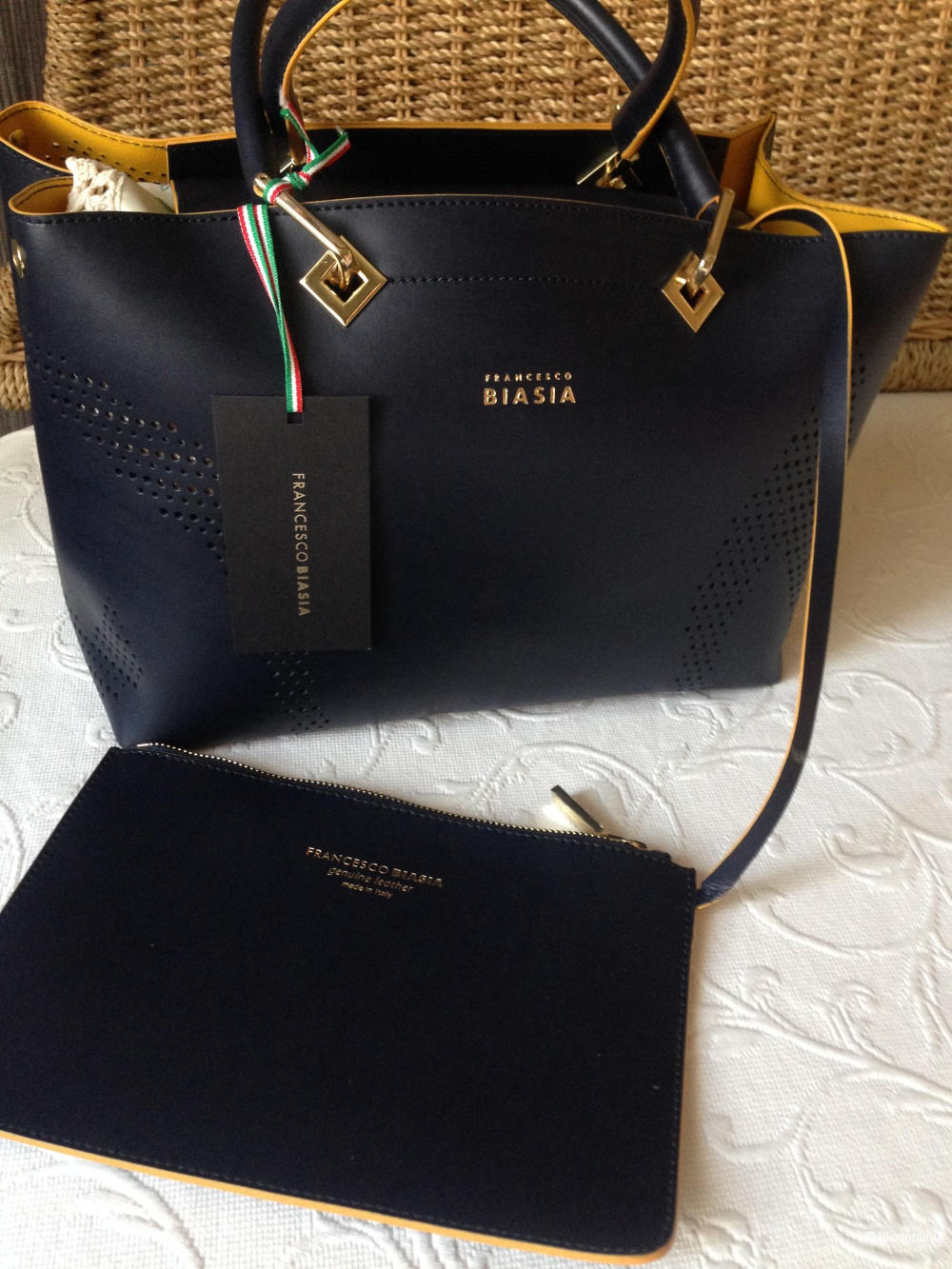 Стильная, кожаная, новая сумка  FRANCESCO BIASIA оригинал