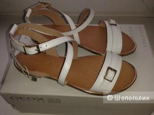 Новые сандалии GEOX, размер 37 европейский