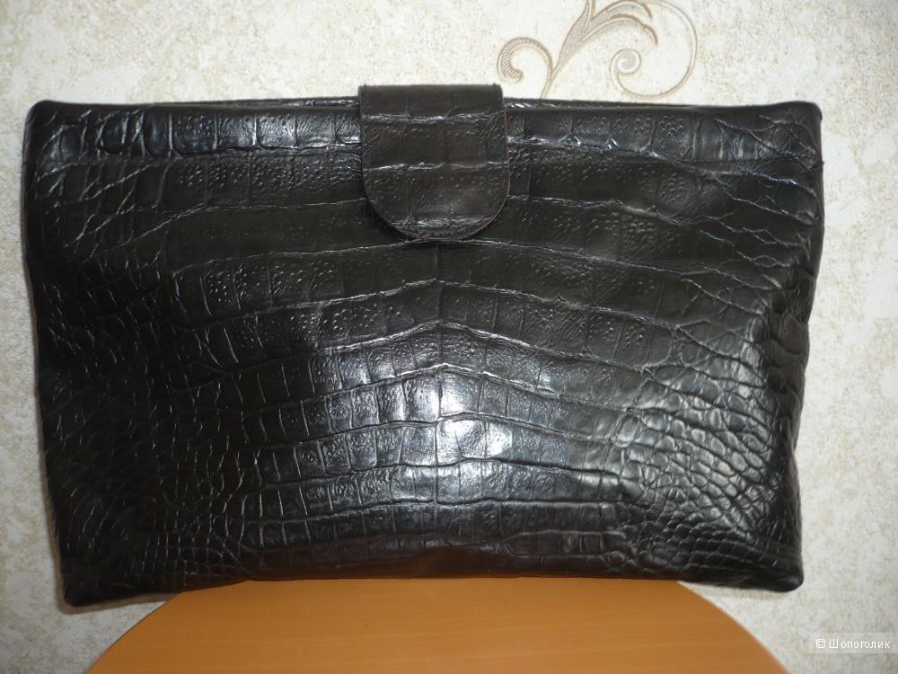 Сумка-клатч из натуральной крокодиловой кожи