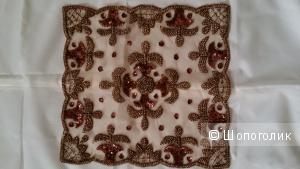 Салфетка, вышитая бисером ручной работы, Индия