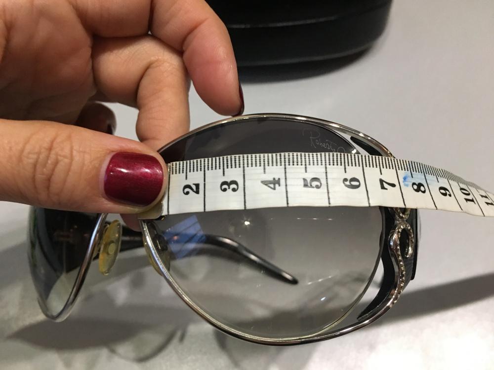 Солнцезащитные очки Roberto cavalli tiro. Черные