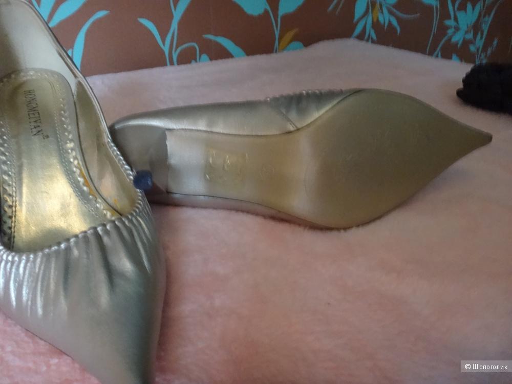Туфли цвета серебро, 35 размер