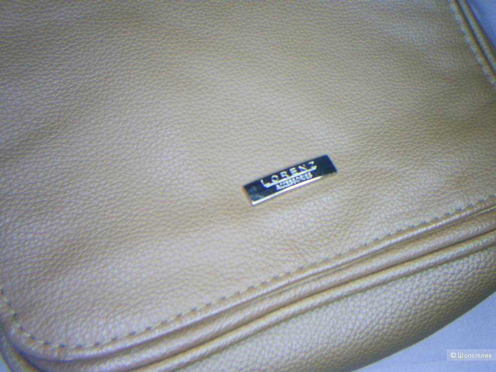 Сумка из натуральной кожи кросс боди от Lorenz.