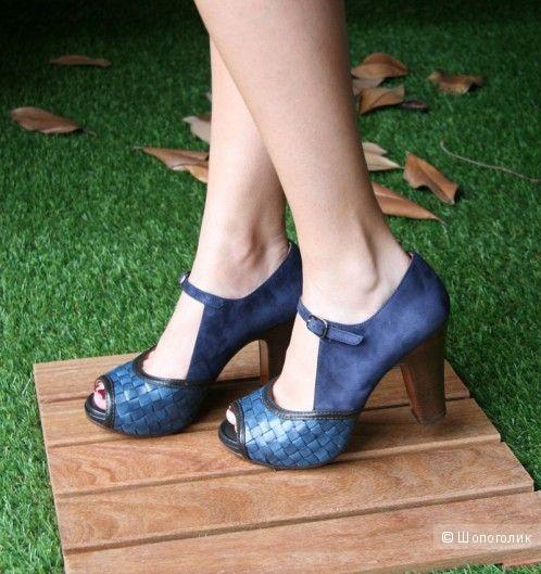 Дизайнерские босоножки Chie Mihara р.39 цвет синий