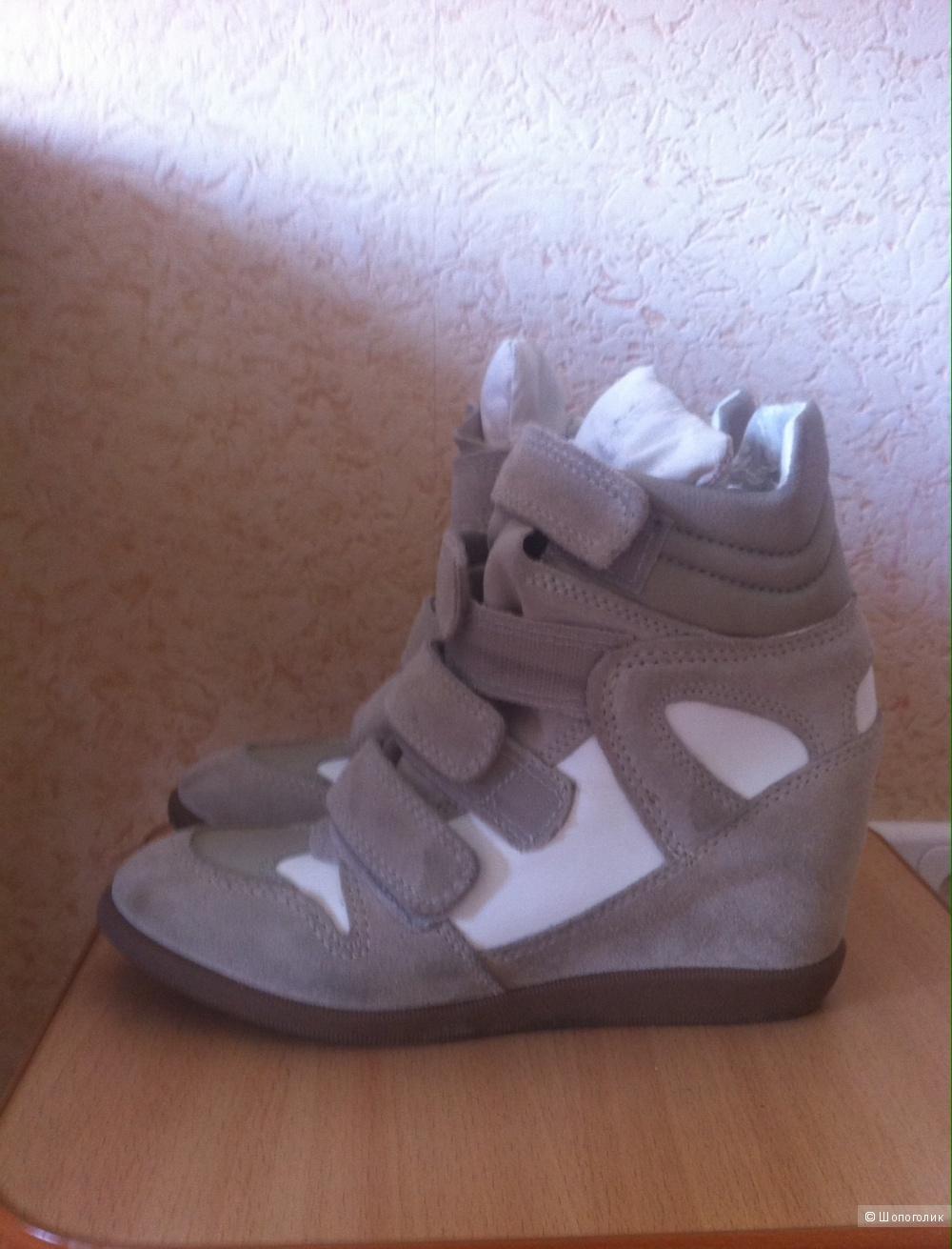 Новые кроссовки - сникеры Arezzo, Бразилия, 38 размер