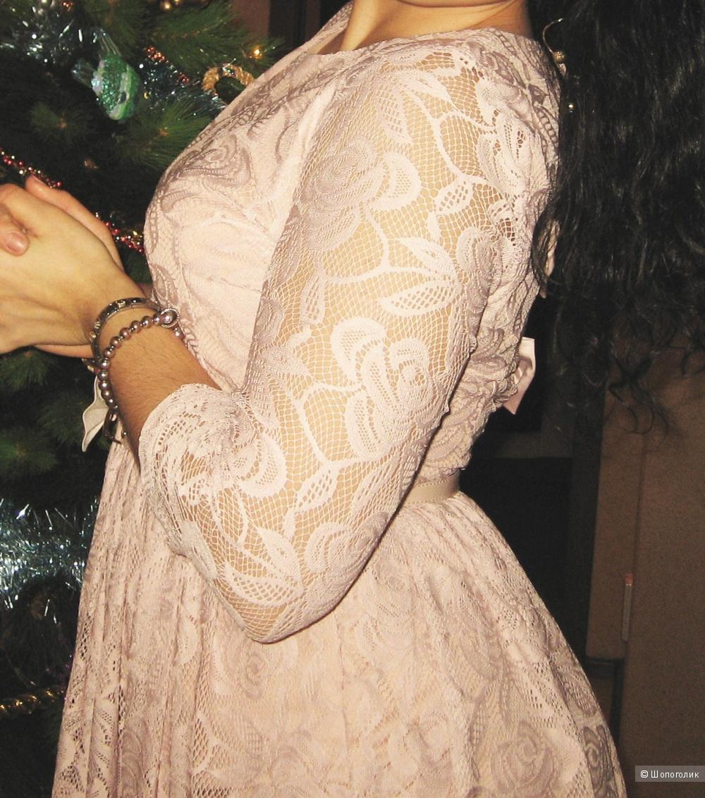 Платье кружевное розовое,р.38