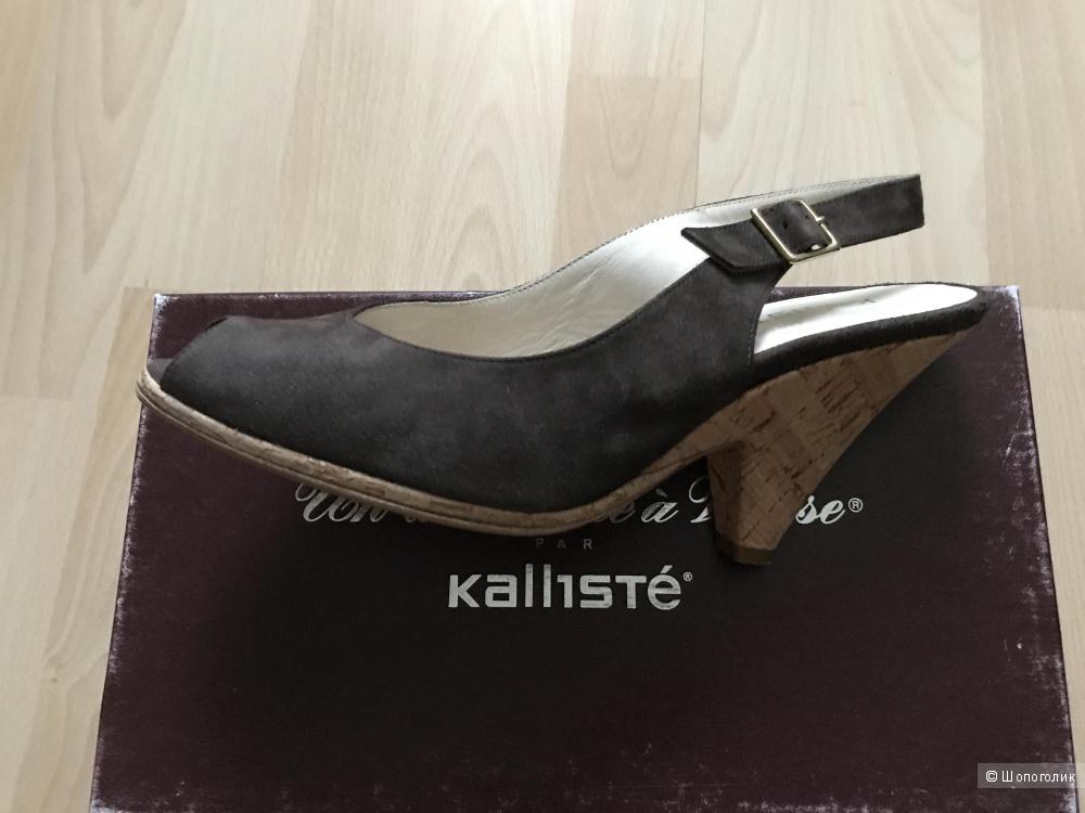 Замшевые босоножки Kallisté 38 р