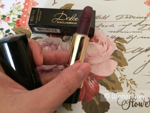 Dolce & Gabbana matte lipstick rouge a levres mat а оттенке 333 Dolce Enferno