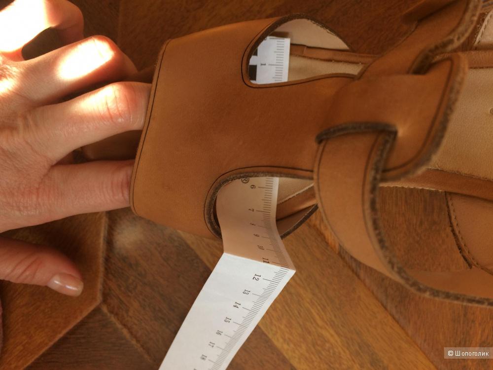 Кожаные босоножки Miucha Размер 36