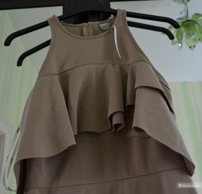 Платье-футляр с высокой горловиной и оборками ASOS - Капучино / 42/44