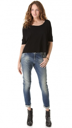 Новая без этикеток футболка американской марки VELVET размер М на М - L.