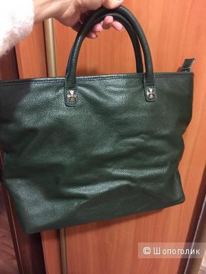 Новая кожаная сумка красивого темно-зеленого цвета
