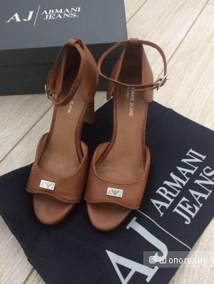 Босоножки Armani Jeans.