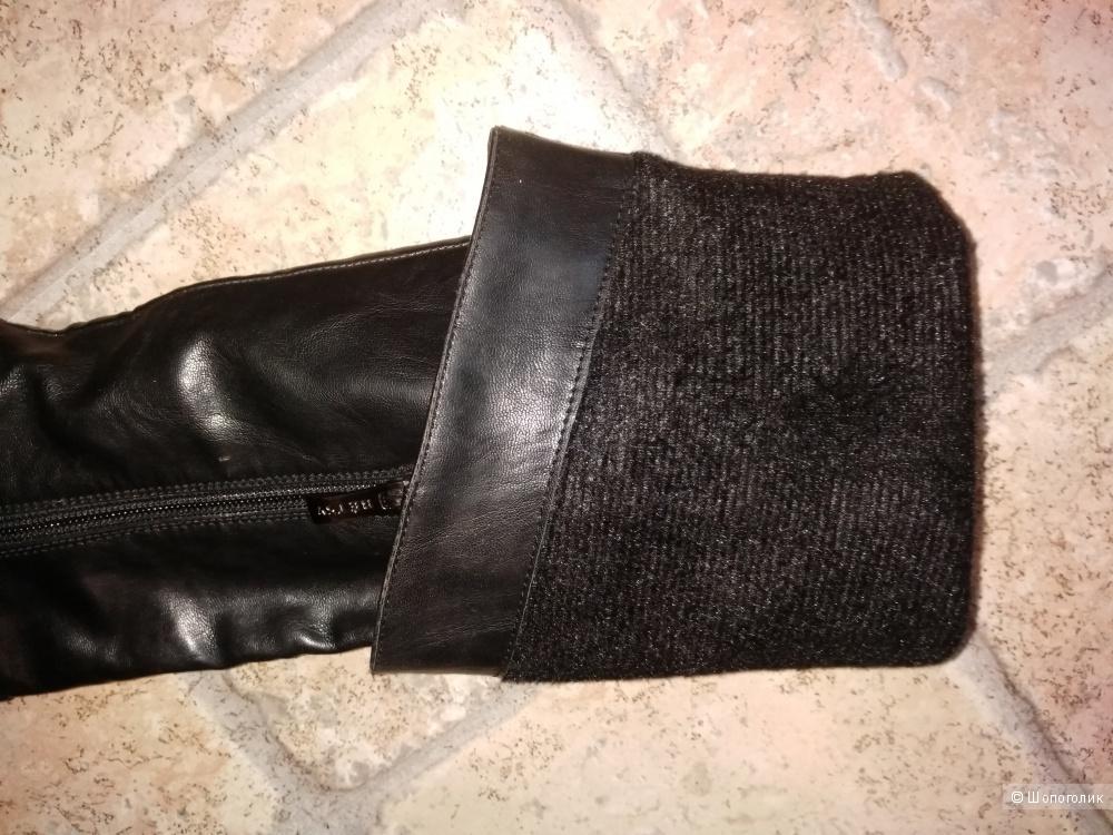 Ботфорты Betsy 36 размера чёрного цвета