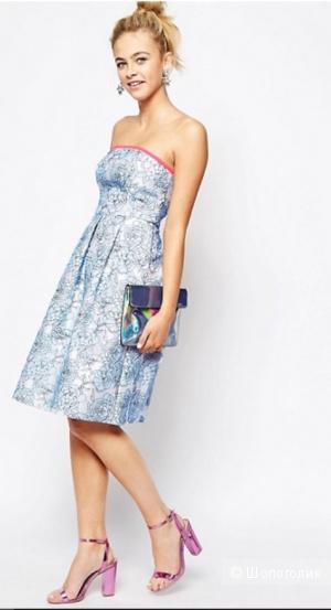 Приталенное платье миди Lashes of London