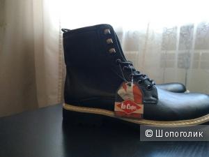Продам новые мужские классные ботинки 44 размера.