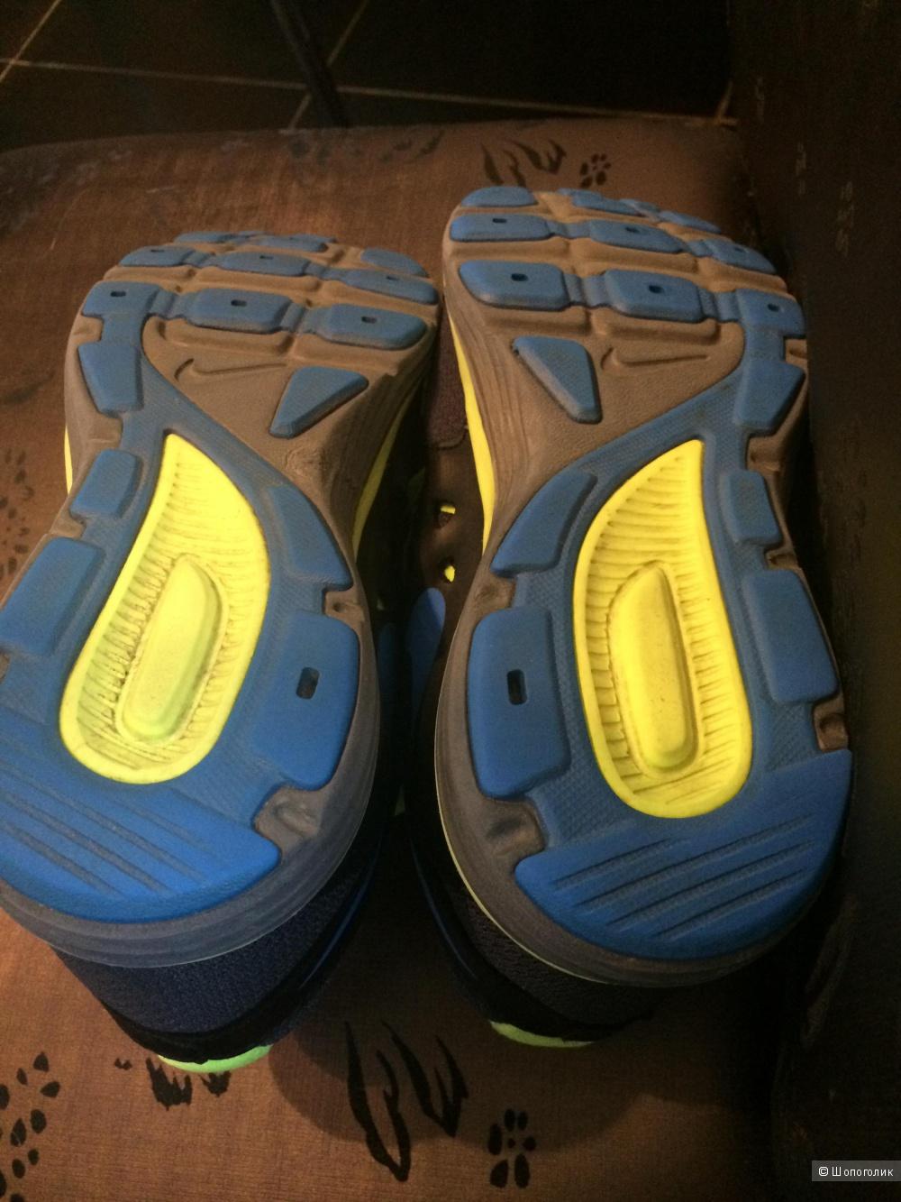 Nike кроссовки подростковые 38