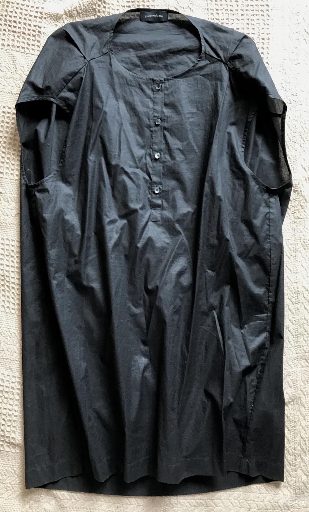Архитектурное черное платье