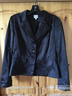 Черный сатиновый пиджак французского бренда 123 Un Deux Trois размер FR40
