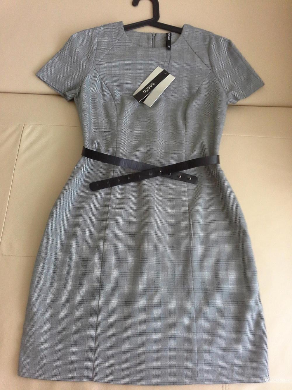Офисное платье,  размер S-М