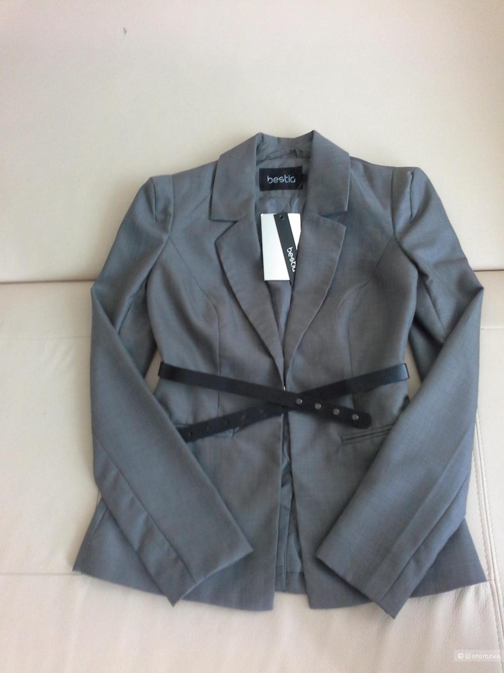 Пиджак, размер XS