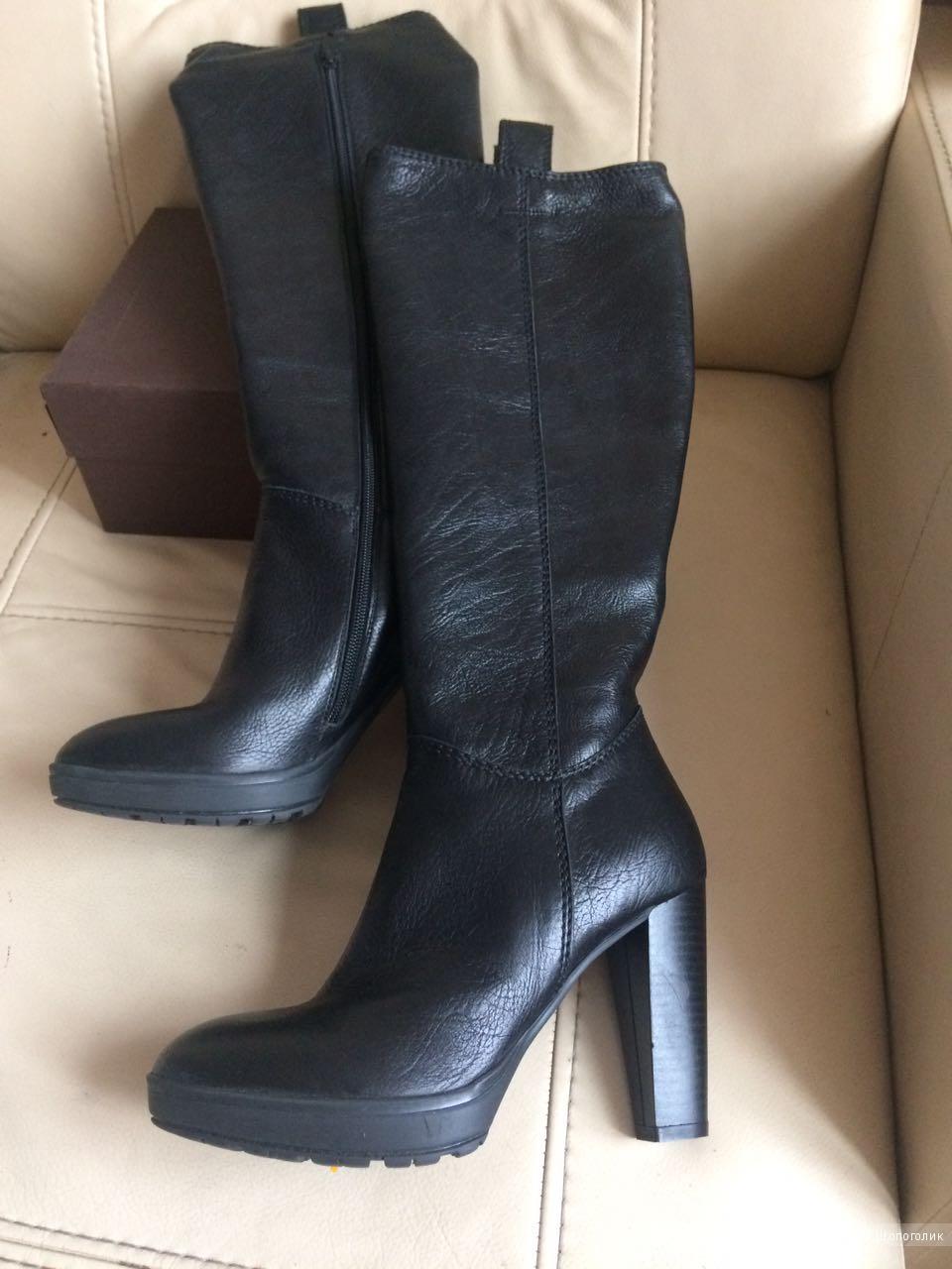MIU MIU Новые кожаные сапоги (Италия)
