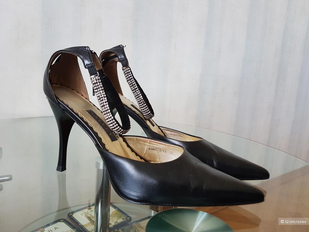 Черные туфли VALLEY 37 размера