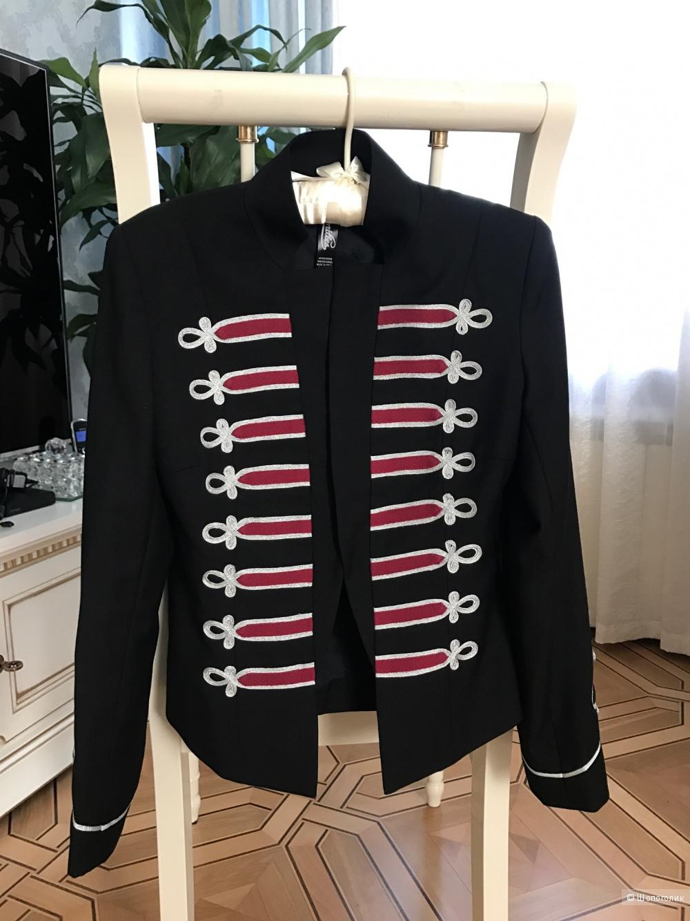 Великолепный пиджак американского бренда XS-S