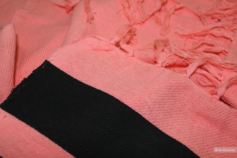 Пляжное покрывало Victoria's Secret PINK, персиковое с лого