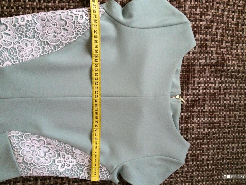 Платье 42- 44 размера, марка Closet новое