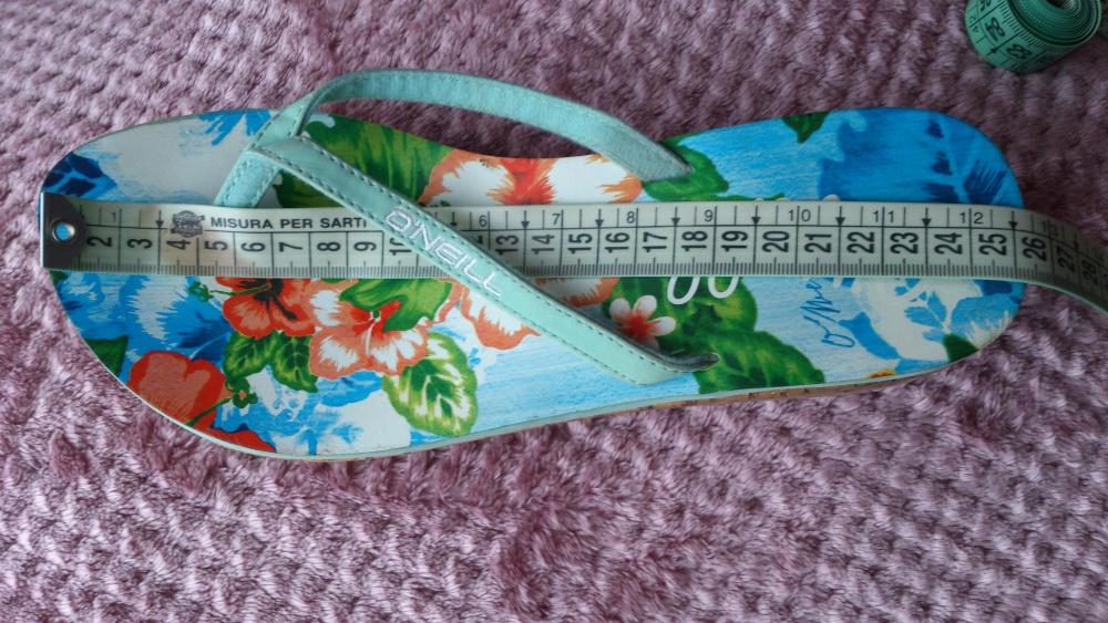 Пантолеты = шлёпанцы O'Neill, размер 39, Нидерланды