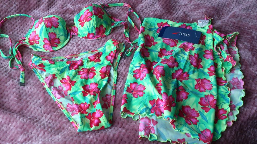 Купальник + юбочка SPEEDO, размер: трусы 40-42, лиф 70С - 80А, Великобритания