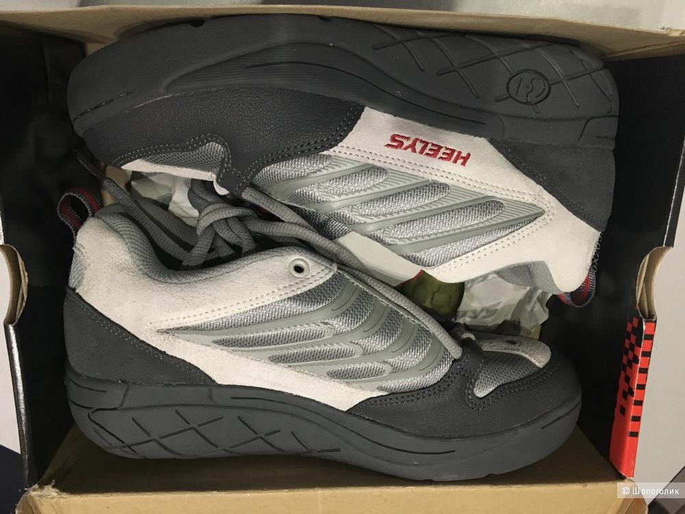 Кроссовки со съемными роликами Heelys. Размер 39, по стельке 25 см. Серые