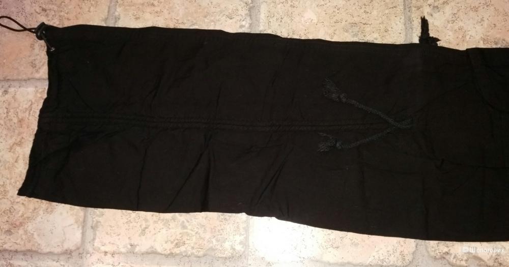Брюки DEFILE LUX 38 размера, чёрные, летние, с красивой вышивкой