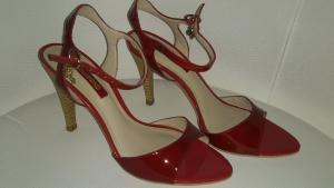 Босоножки красные лакированные DUMOND, размер 37, Бразилия