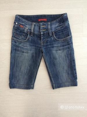 Классные джинсовые бриджи Miss Sixty (размер 26)