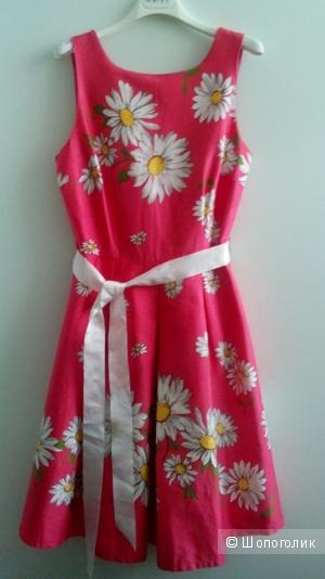 Платье с пачкой Rinaschimento Италия в размере M