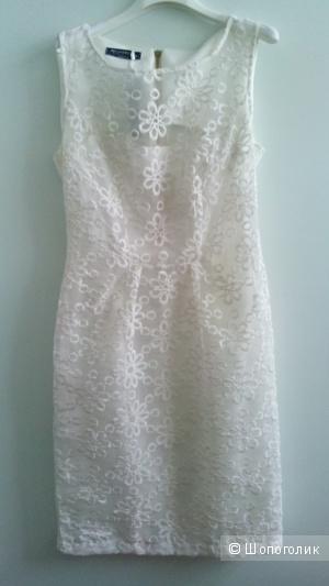 Платье белое Rinaschimento в размере M