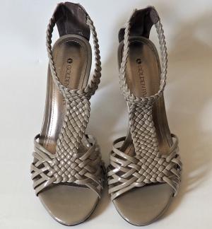 Босоножки плетеные на каблуке, серо-бежевые, размер 38, Италия