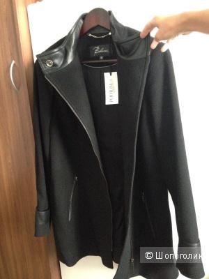 Пальто Belucci, S.
