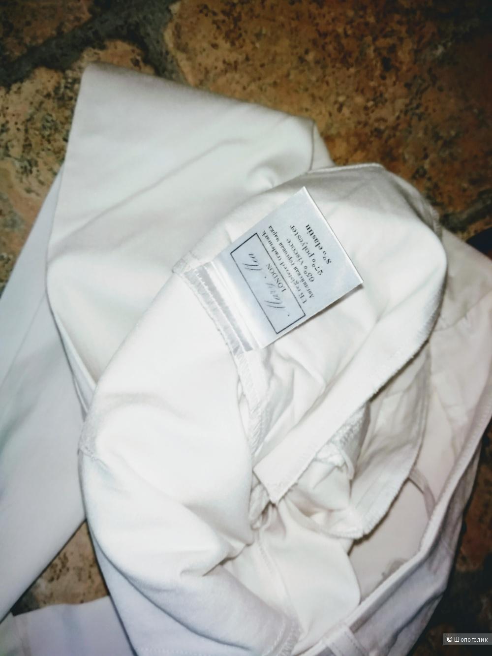 Белые, летние брючки от  MARY MEA  42 размера.